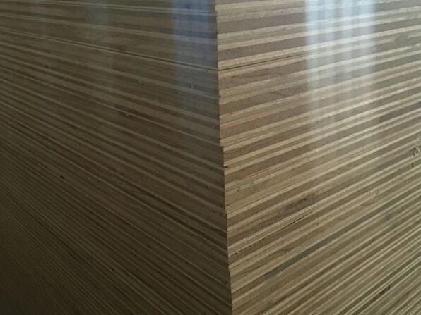 桉木厚芯板.jpg